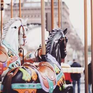 4 Reasons Why You Should Create Carousel Ads on Facebook
