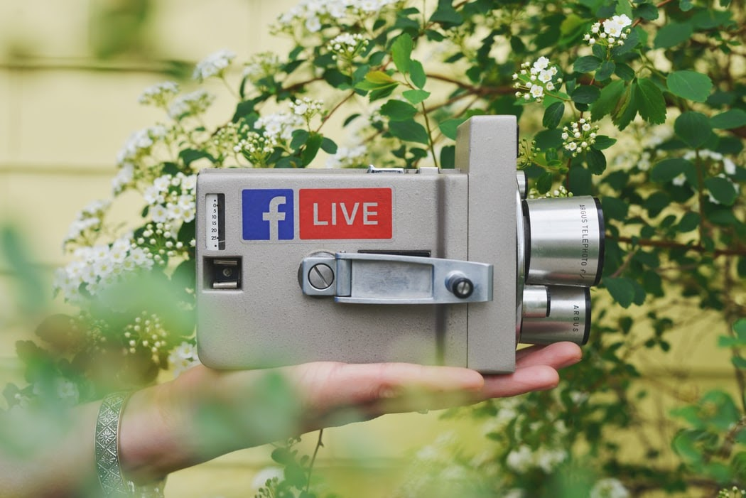 how to use facebook live to build community